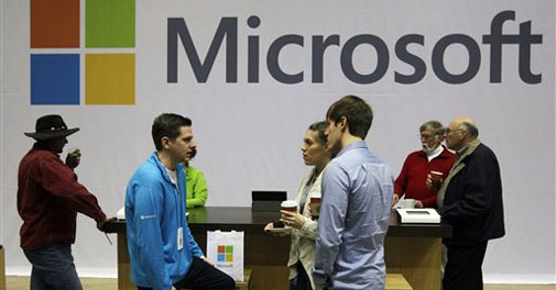 Windows 8 selling well despite PC slump: Microsoft